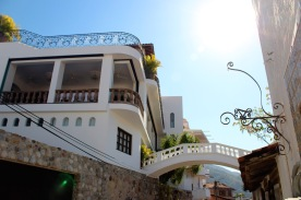 Elizabeth Taylors house connecting to Richard Burtons house across the street in Puerto Vallarta