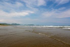 Again endless beach